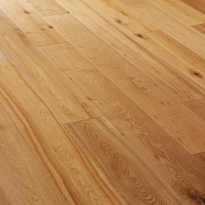 V4 E103 wood floors