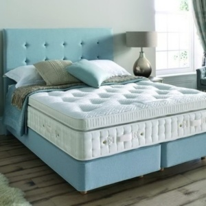 vincent bed centre sale