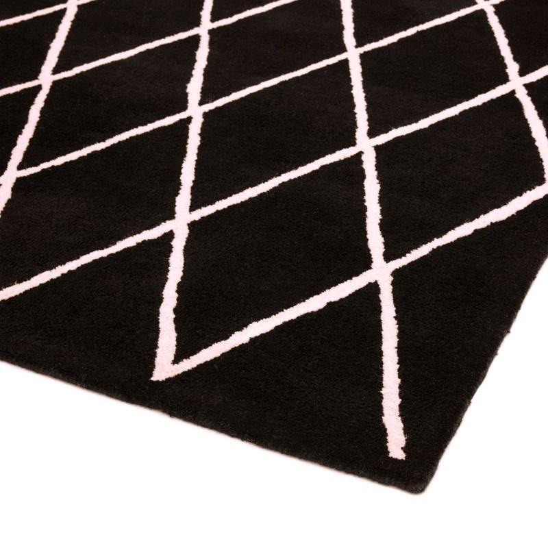 Buy Asiatic Albany Diamond Rug In Black 160 X 230cm