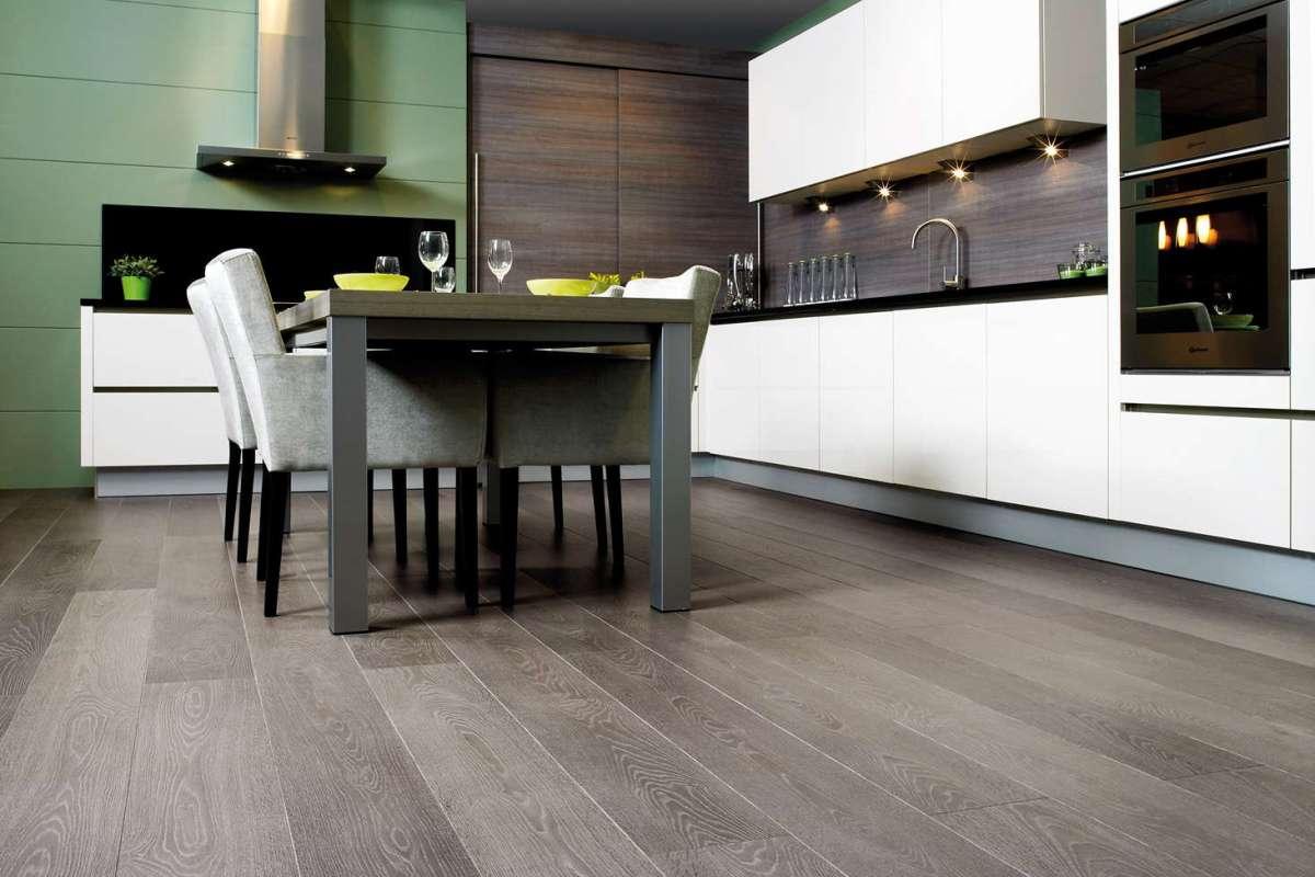Quickstep Largo Grey Vintage Oak Planks