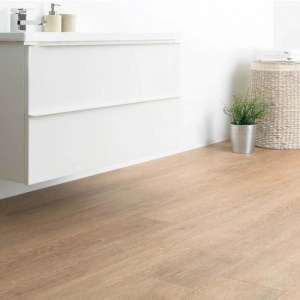 For a bright and airy finish, White Oak carries light around your space. Perfect for contemporary schemes